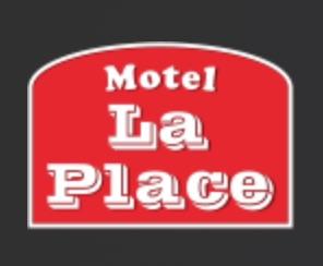 Motel - Restaurant La Place - Estrie / Canton de l'est, Ville Coaticook